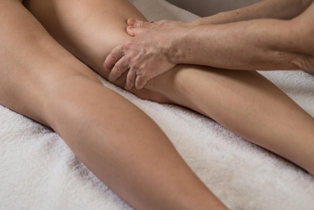 Come eliminare la cellulite e rassodare le gambe